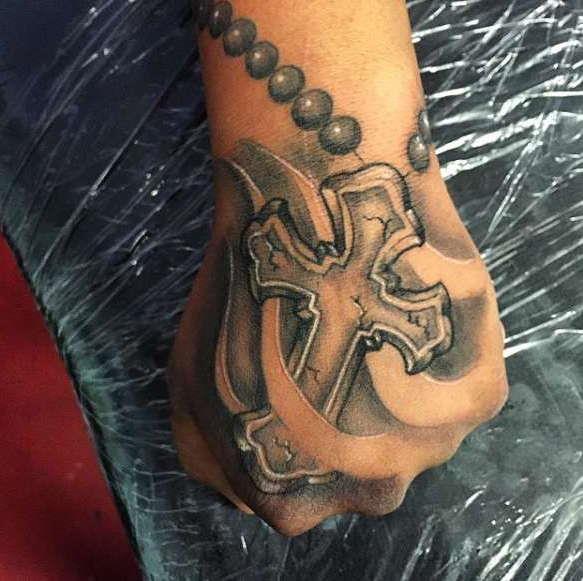 Značenje Tattoo Križa Na Ruci Opis Krst Tetovaža Sa